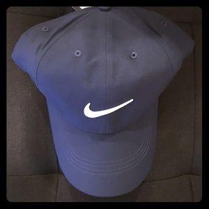 Brand new unisex Nike hat (Navy)